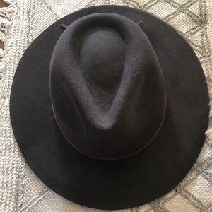 Accessories - Brixton felt hat size small brown